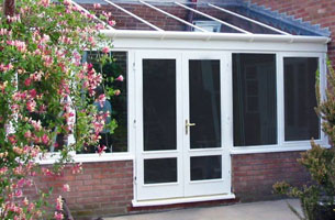 thumb-conservatories-hardwood